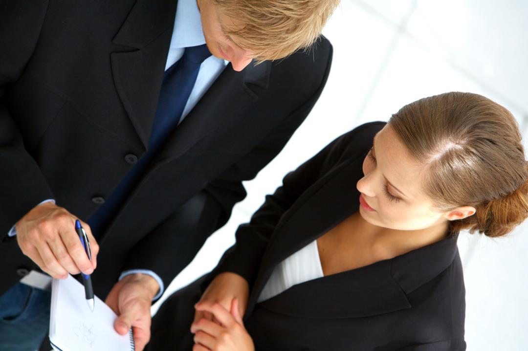 847542-Businessteam-planning.jpg